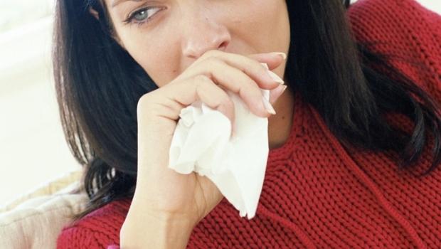 Опухла и болит лодыжка ноги лечение