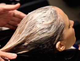Миниатюра к статье Маска из горчицы и дрожжей, стимулирующая рост волос