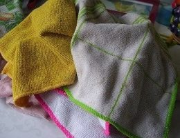 Миниатюра к статье Как отстирать кухонные полотенца и салфетки? Удаляем все пятна легко и просто