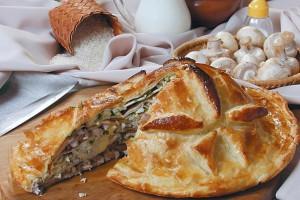 Слоеный праздничный пирог курник