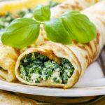 Блины с яйцом и зеленым луком
